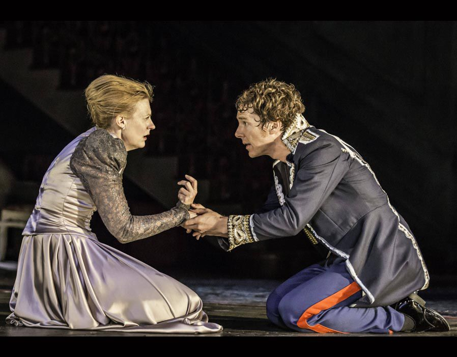 Anastasia Hille and Benedict Cumberbatch in Lyndsey Turner's production of Hamlet